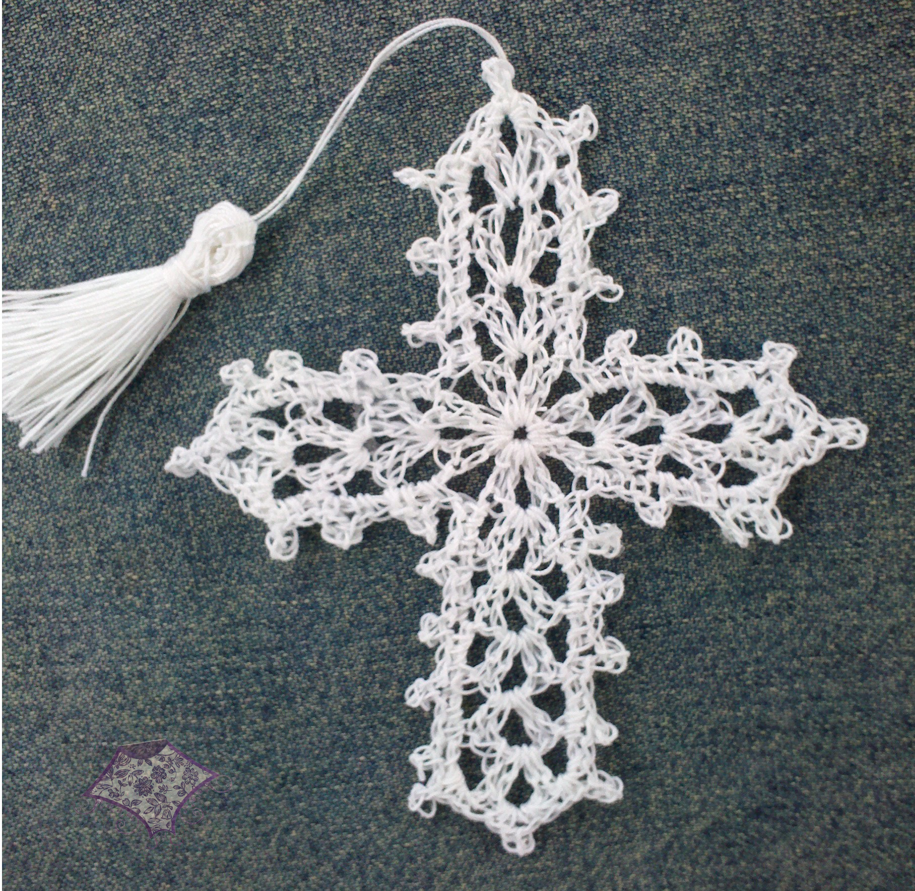 Crochet Cross : Crocheted Cross Bookmark - The Purple Poncho