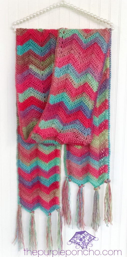 chevron-super-scarf-pattern-by-the-purple-poncho